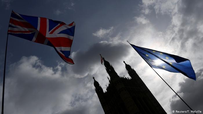 Για Brexit χωρίς συμφωνία ετοιμάζεται το Λονδίνο | tovima.gr