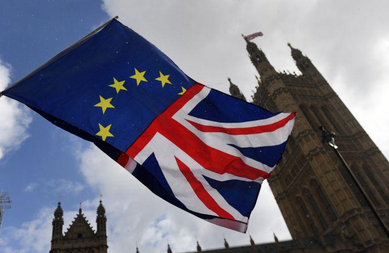 H Βρετανία προετοιμάζεται για Brexit χωρίς συμφωνία   tovima.gr