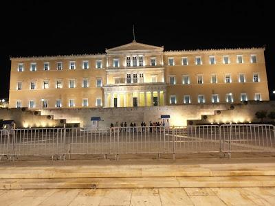 Από την πολιτική αιτιοκρατία στην πολιτική τελεολογία | tovima.gr