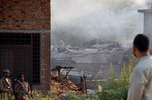 Πακιστάν: 17 νεκροί από συντριβή στρατιωτικού αεροσκάφους | tovima.gr