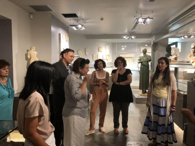 Μενδώνη για Αρχαιολογικό Μουσείο : Απογοητευτική η κατάσταση στο πωλητήριο | tovima.gr