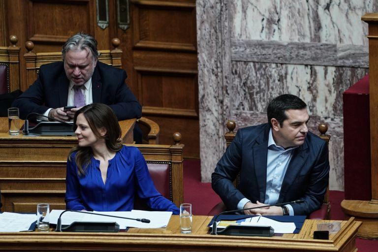 Εκτός από συντάξεις η κυβέρνηση ΣΥΡΙΖΑ έδωσε και χρυσά εφάπαξ | tovima.gr