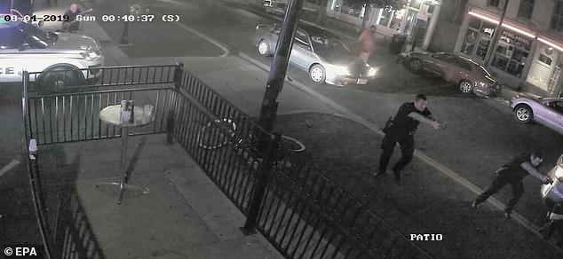 Βίντεο-ντοκουμέντο: Οι κομάντος της αστυνομίας σκοτώνουν τον μακελάρη του Ντέιτον | tovima.gr