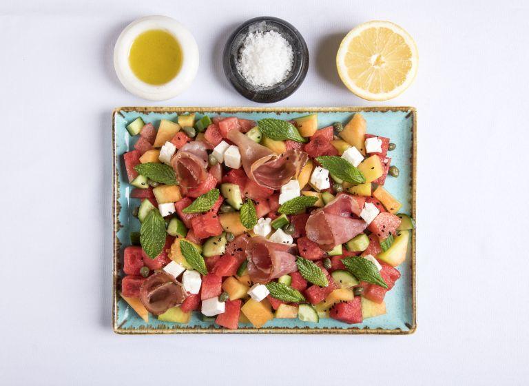 Μια εξαίσια σαλάτα για τον Αύγουστο | tovima.gr