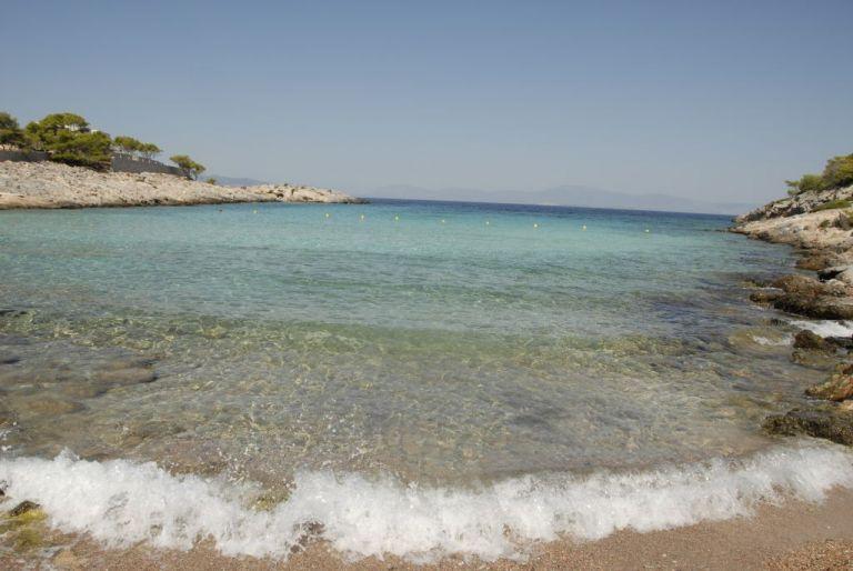 Απόνησος: Η εξωτική ομορφιά στο Αγκίστρι   tovima.gr