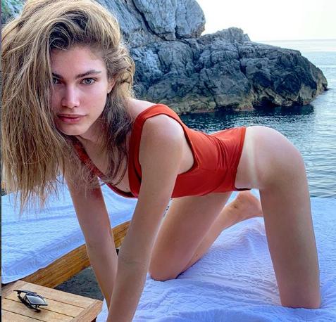 Valentina Sampaio: Το πρώτο διεμφυλικό «αγγελάκι» της Victoria's Secret | tovima.gr
