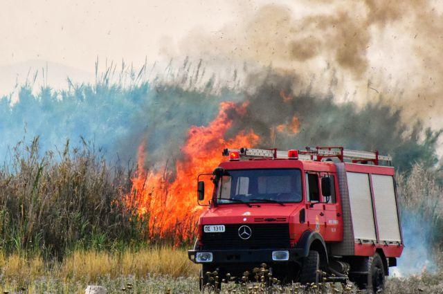 Ακραίος κίνδυνος πυρκαγιάς το Σάββατο – Κόκκινος συναγερμός στην κρατική μηχανή | tovima.gr