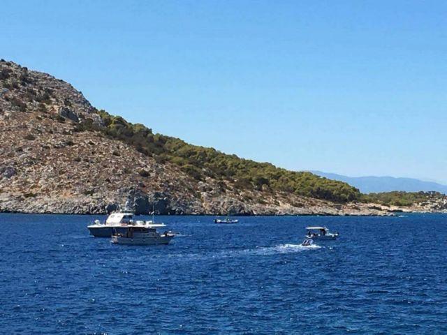 Σύγκρουση δύο σκαφών στο Πόρτο Χέλι – Δύο νεκροί, μία τραυματίας | tovima.gr