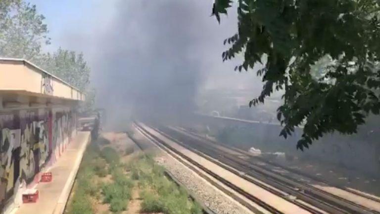 Φωτιά στην Πειραιώς – Διακοπή της κυκλοφορίας | tovima.gr
