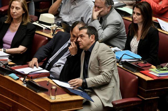Ο ΣΥΡΙΖΑ ψάχνει τον βηματισμό του ως αξιωματική αντιπολίτευση | tovima.gr