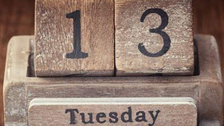Τρίτη και 13 : Γιατί θεωρείται γρουσούζικη μέρα; | tovima.gr