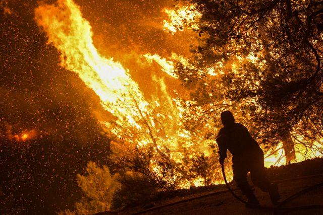 Ολονύχτια μάχη με τις φλόγες στην Εύβοια -Το σχέδιο της Πυροσβεστικής για τον πύρινο εφιάλτη | tovima.gr
