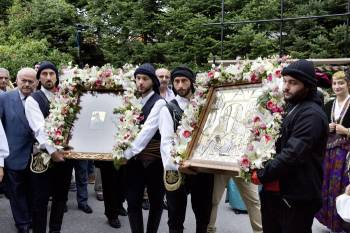 100 χρόνια από τη Γενοκτονία των Ποντίων: Μνημόσυνο για τα 353.000 θύματα   tovima.gr