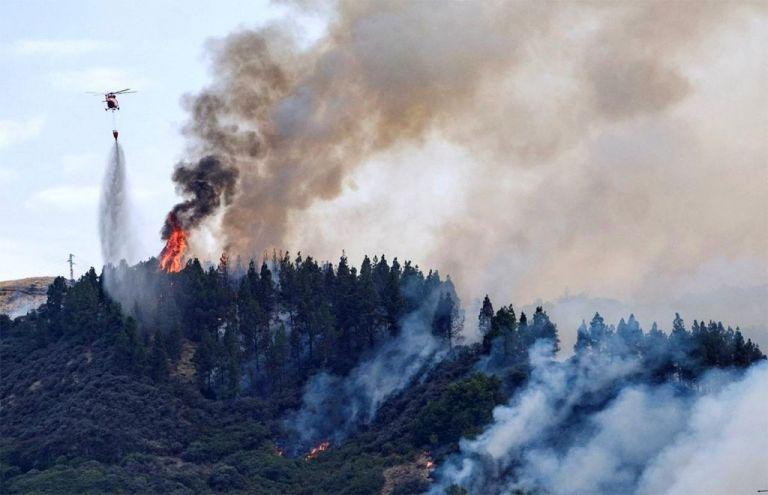 Νέα πυρκαγιά στα Γκραν Κανάρια -Εκκενώθηκε τουριστική περιοχή | tovima.gr