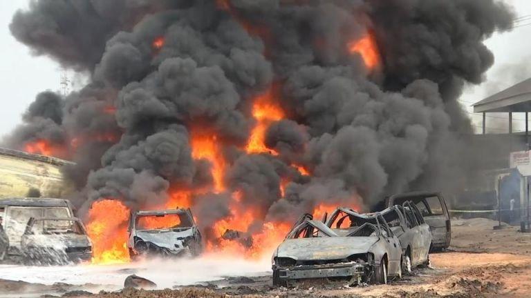 Ουγκάντα : Πολύνεκρη έκρηξη βυτιοφόρου με καύσιμα | tovima.gr