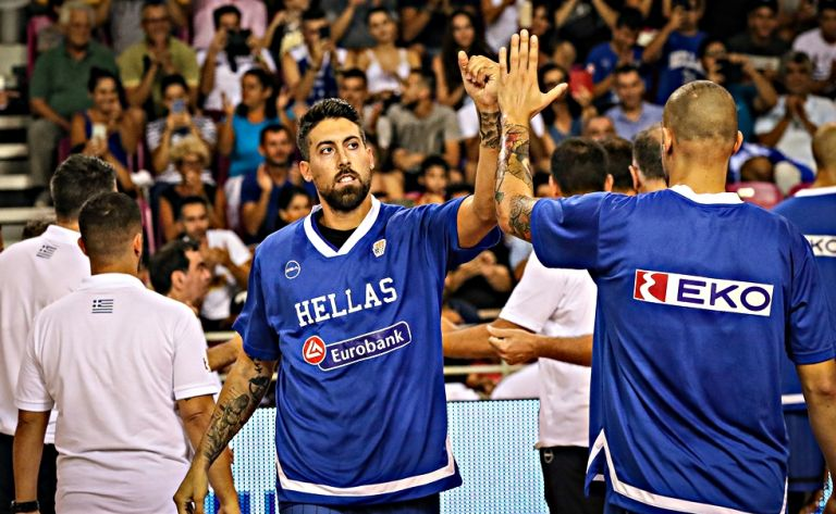 Εθνική : Ο Αθηναίου ξεπροβόδισε με πατερίτσες την ομάδα   tovima.gr