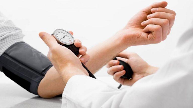 Η υψηλή αρτηριακή πίεση στην ηλικία των 30 θέτει σε κίνδυνο την υγεία του εγκεφάλου | tovima.gr