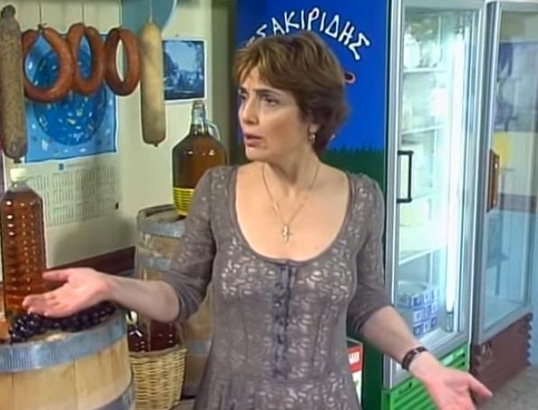 Ελισάβετ Ναζλίδου: Οδύνη στο τελευταίο αντίο της αγαπημένης ηθοποιού | tovima.gr