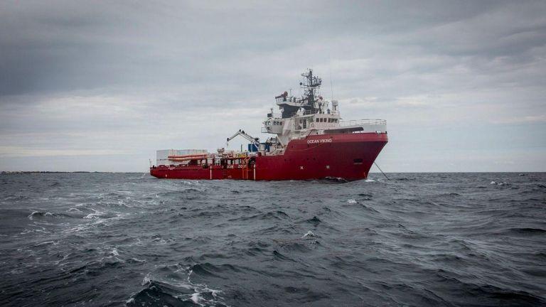 Ocean Vicking: Οι 365 πρόσφυγες έχουν τρόφιμα για πέντε ακόμη ημέρες | tovima.gr