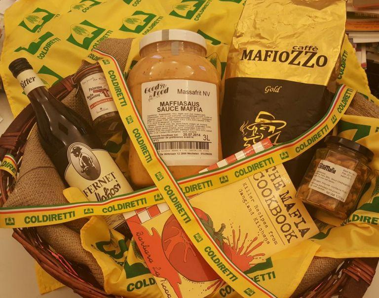 Πλήγμα στην εικόνα του «made in Italy» τα προϊόντα με μαφιόζικα ονόματα | tovima.gr
