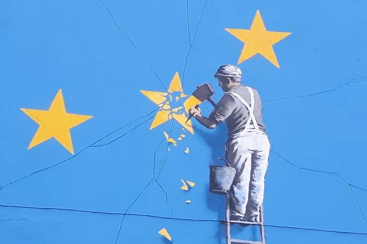 Μυστήριο με εξαφάνιση έργου του Banksy για το Brexit [Εικόνα]   tovima.gr