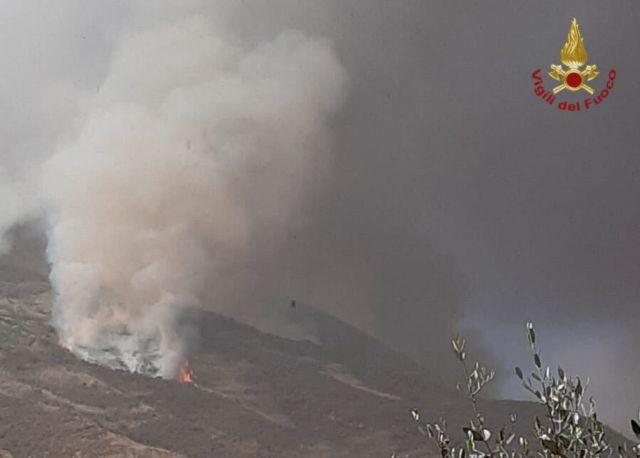 Ιταλία : Νέα ισχυρή κρηξη του ηφαιστείου Στρόμπολι | tovima.gr
