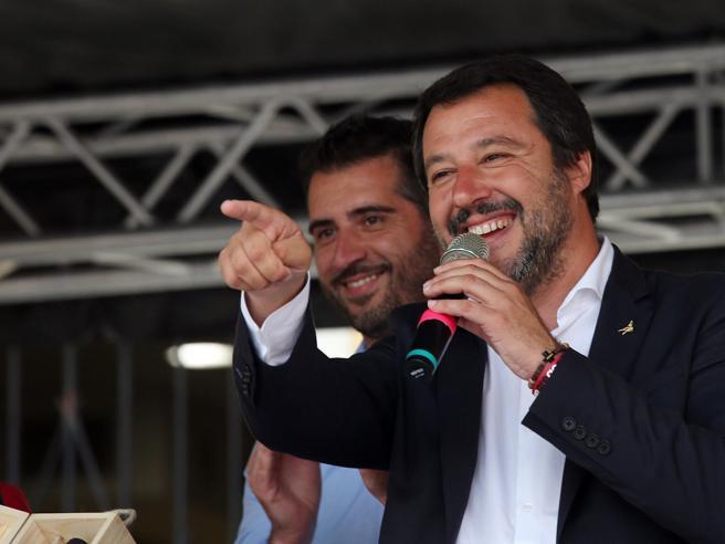 Ιταλία: Σε διαδηλώσεις καλεί τον λαό ο αντιπολιτευόμενος Σαλβίνι   tovima.gr