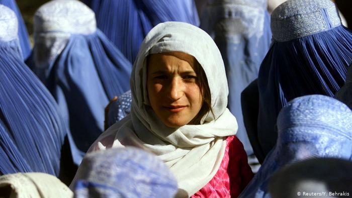 Ο γενναίος αγώνας που δίνουν οι Αφγανές για τα δικαιώματά τους κόντρα στους Ταλιμπάν | tovima.gr