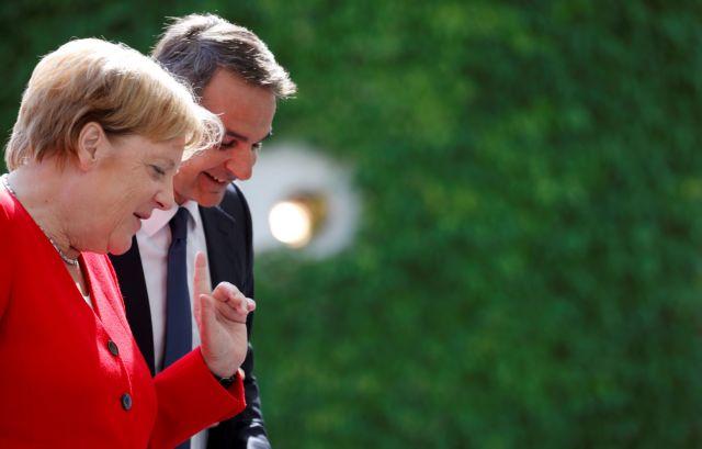 Spiegel για Μητσοτάκη : Ο πρώτος πρωθυπουργός που πάει Βερολίνο χωρίς να ζητά βοήθεια | tovima.gr