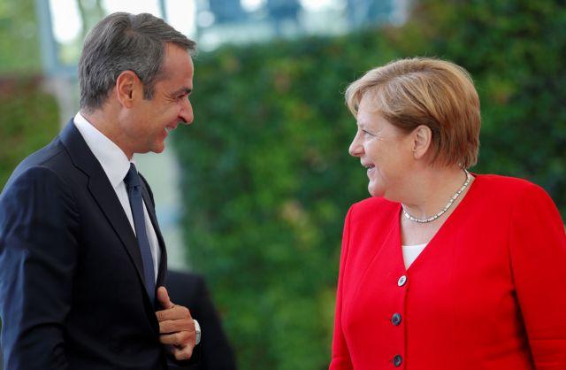 Μέρκελ: Πιο εύκολες τώρα οι δεσμεύσεις της Ελλάδας – Μητσοτάκης : Μπορούμε να απορρίψουμε την οικονομική καθήλωση   tovima.gr
