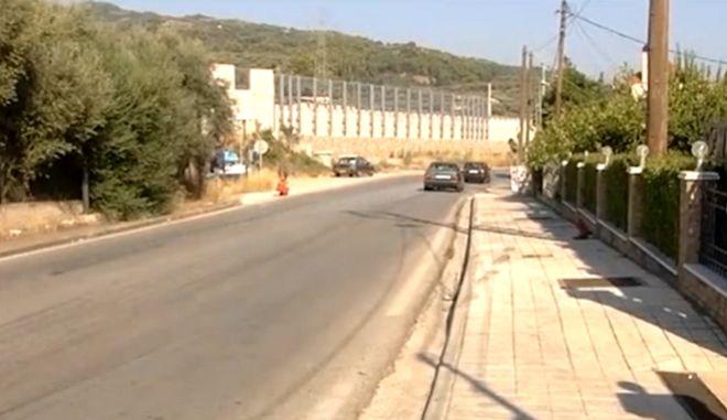 Αίγιο : Διεκόπη η θητεία του 28χρονου που σκότωσε γιαγιά και εγγονό | tovima.gr