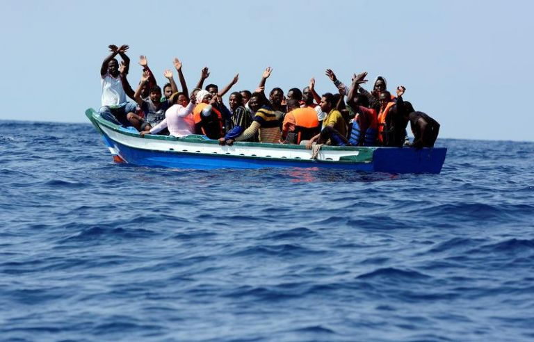 Μαρόκο: Διασώθηκαν 156 πρόσφυγες στα νερά της Μεσογείου | tovima.gr