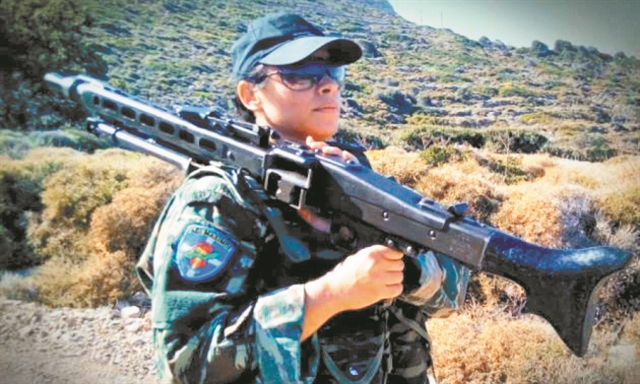 Γυναίκες στα όπλα | tovima.gr