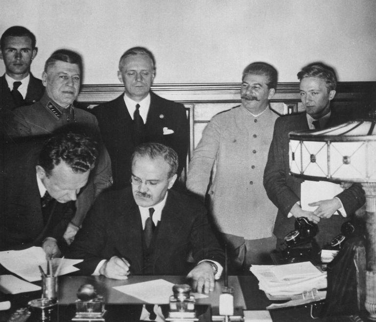 Το Σύμφωνο Χίτλερ – Στάλιν και οι κομμουνιστές | tovima.gr