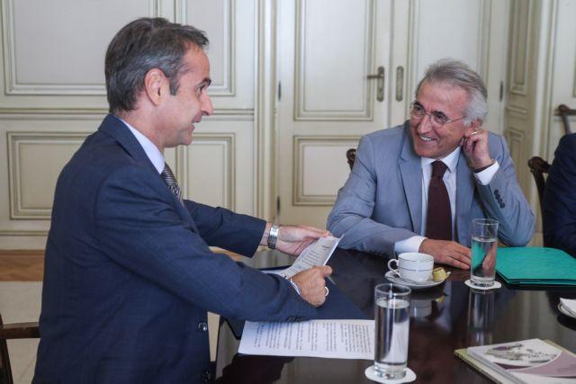Το θέμα των συλλογικών συμβάσεων έθεσε η ΓΣΕΕ στον πρωθυπουργό   tovima.gr