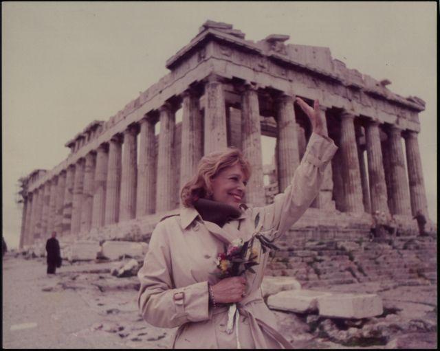 Γλυπτά Παρθενώνα – Όταν η Μελίνα έκανε «σκόνη» τον διευθυντή του βρετανικού μουσείου | tovima.gr