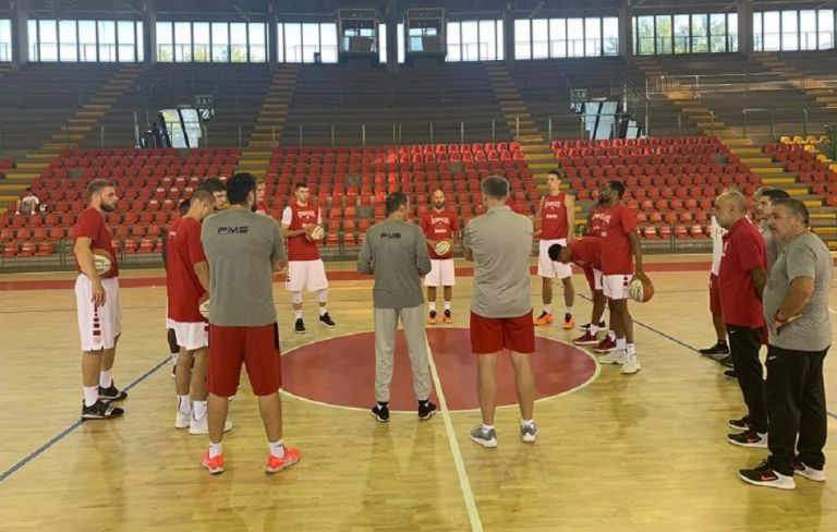 Ολυμπιακός : Τεστ με Αρμάνι, στη δεύτερη ομάδα οι μικροί | tovima.gr