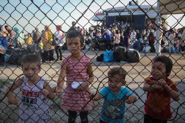 «7.000 πρόσφυγες μπορούν να μετακινηθούν στην ενδοχώρα»   tovima.gr