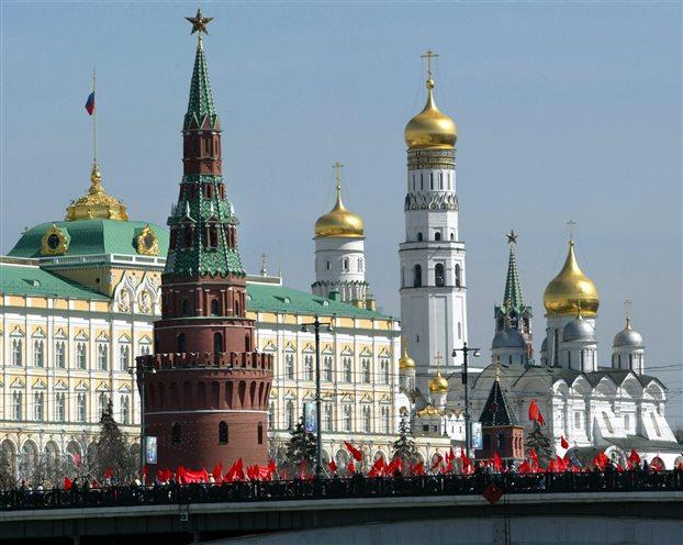 Στις κάλπες οι Ρώσοι – Εκλέγουν τοπικούς αξιωματούχους | tovima.gr