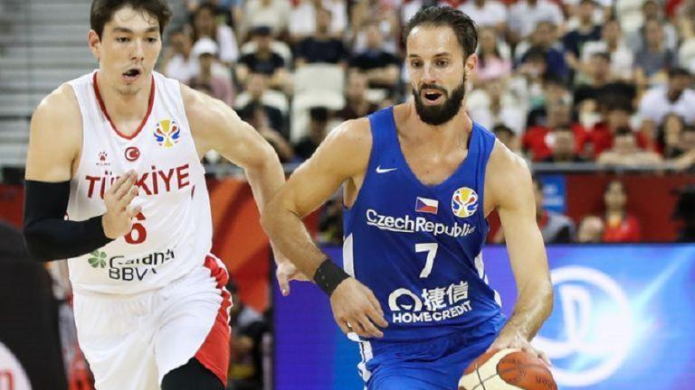Χρούμπαν: Δεν θα χάσουμε με 12 πόντους από την Ελλάδα   tovima.gr
