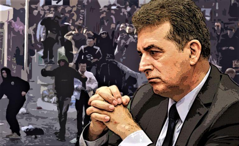 Χουλιγκάνοι επιτίθενται σε παιδιά αλλά ο Χρυσοχοΐδης έχει άλλες προτεραιότητες | tovima.gr