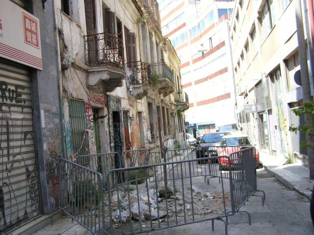 Χιλιάδες σπίτια σε κακή κατάσταση στην Αθήνα | tovima.gr