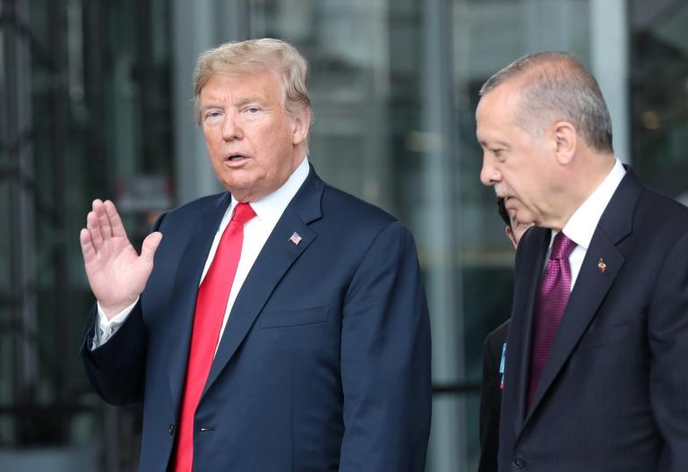 Ο Ερντογάν απειλεί για το προσφυγικό – Οι ΗΠΑ εξοργίζονται από την Τουρκία | tovima.gr