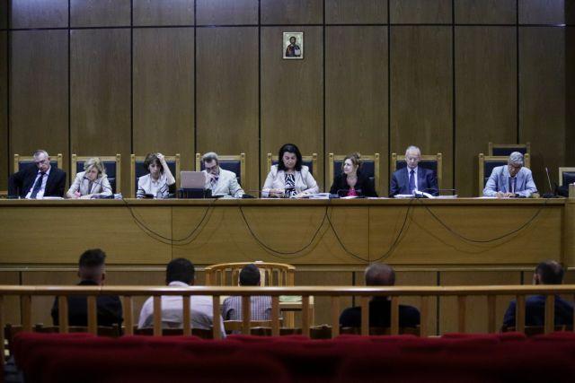 Δίκη Χρυσής Αυγής: Προκλήσεις και αντιφάσεις των κατηγορουμένων | tovima.gr