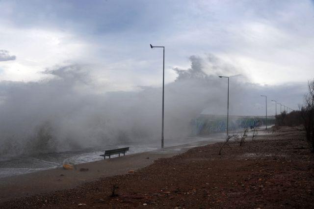 Καιρός: Βροχές και καταιγίδες   tovima.gr