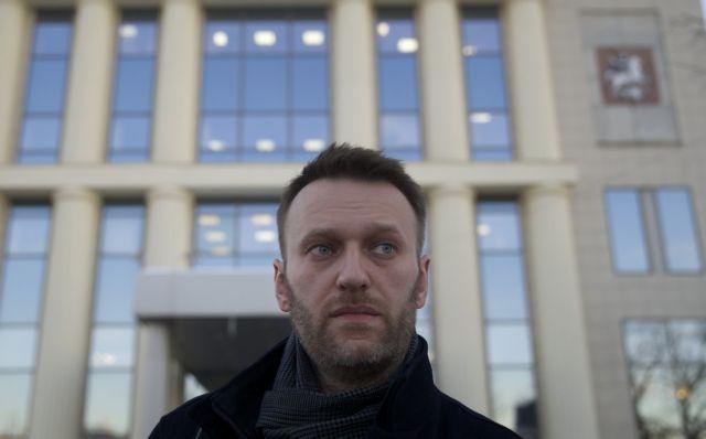 Ρωσία: Έρευνες σε σπίτια και γραφεία υποστηρικτών του Ναβάλνι | tovima.gr