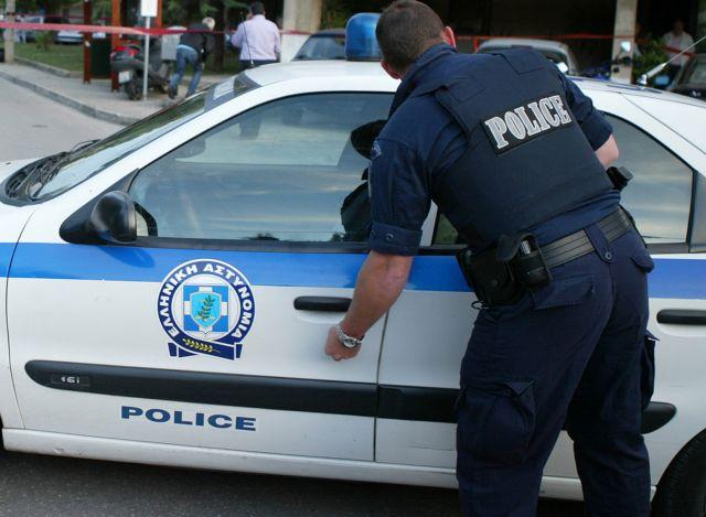 Επιτέθηκαν με μπογιές στα γραφεία της ΝΔ στο Νέο Ηράκλειο | tovima.gr