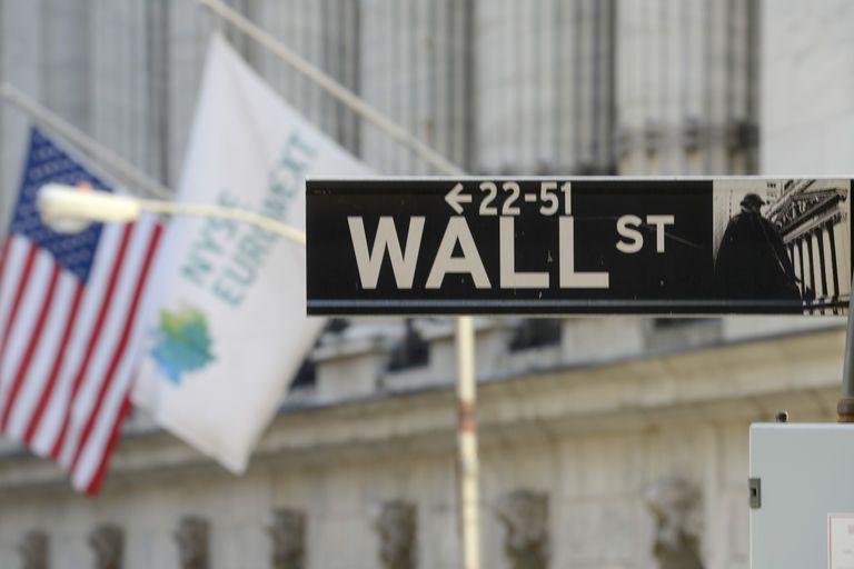 Με μεικτές τάσεις έκλεισε η Wall Street   tovima.gr