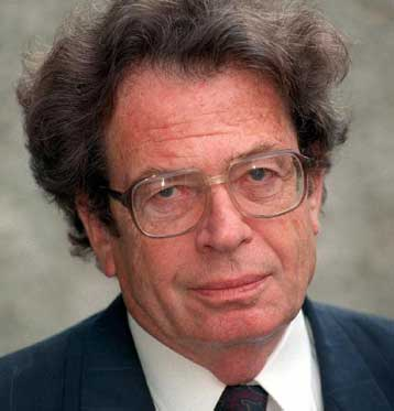 Πέθανε σε ηλικία 86 ετών ο ούγγρος συγγραφέας Γκιόργκι Κόνραντ | tovima.gr
