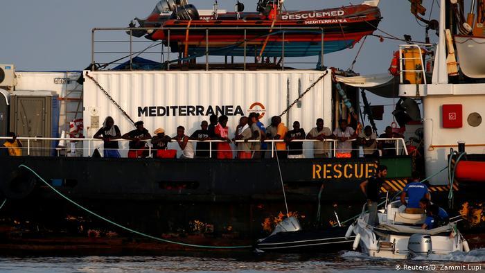 Η Γερμανία θα δέχεται το 25% των προσφύγων από Ιταλία | tovima.gr